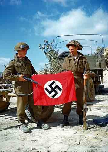 Quelle est la différence entre nazi et néo-nazi