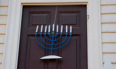 Quelle est la différence entre juif et hébreu