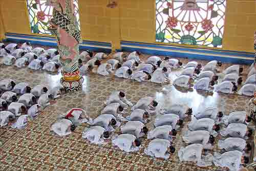 Quelle est la difference entre Mahayana et Theravada