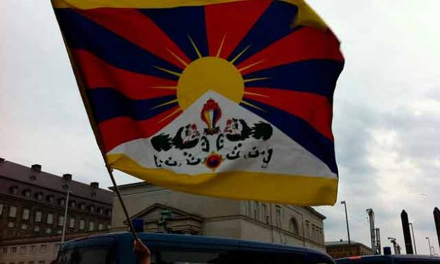 Quelle est la difference entre Tibet et Nepal