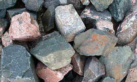 Quelle est la difference entre rock et mineral