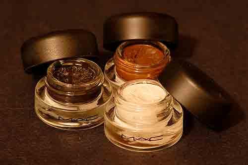 Quelle est la différence entre l'eyeliner crème et gel?